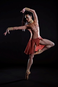 Elzaane Crause as Aegina in Spartacus of Africa - pic by Claire Gunn